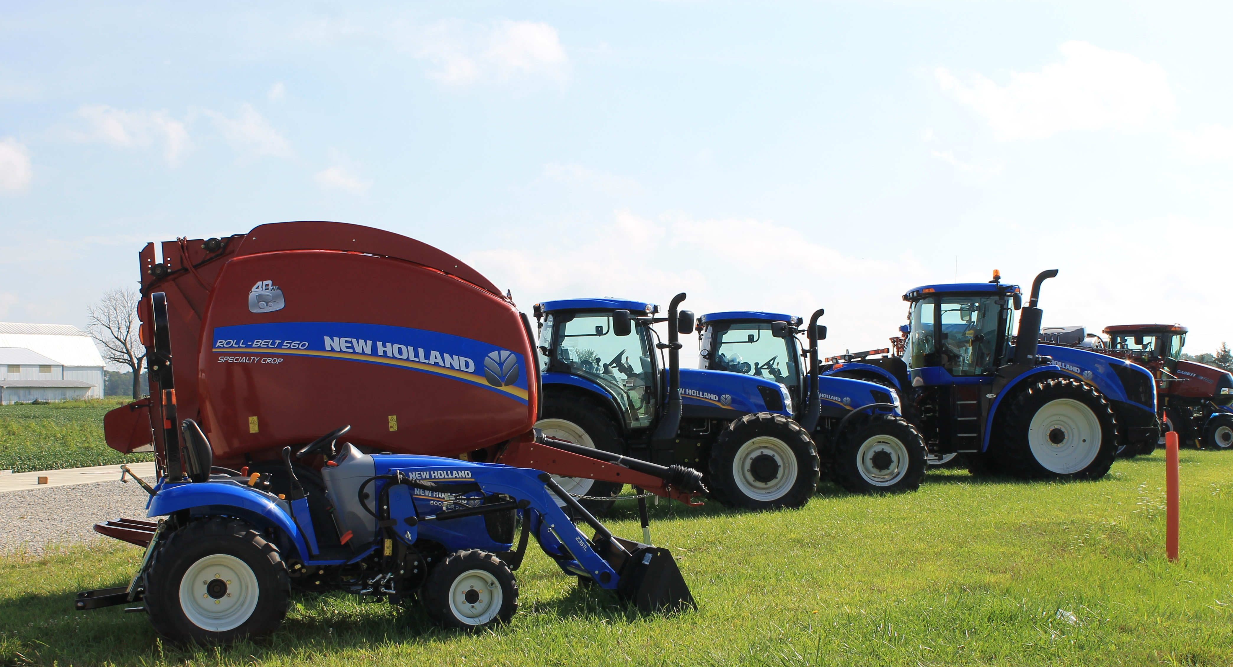 New Holland Dealership : New holland tractor dealers apple farm service