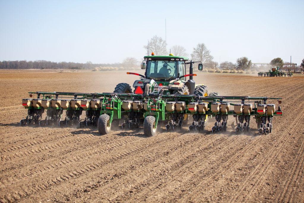 Great Plains Apple Farm Service Inc
