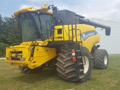 2013 NEW HOLLAND CR7090 58826