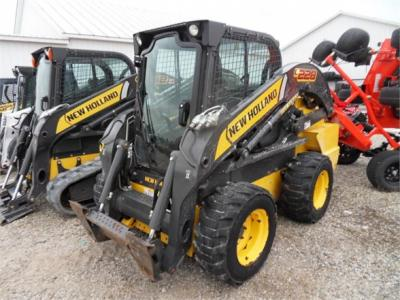 2015 NEW HOLLAND L228 60366