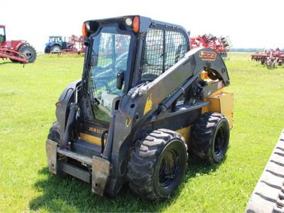 2015 NEW HOLLAND L223 61663