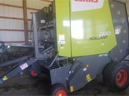 2014 CLAAS ROLLANT 260 60042