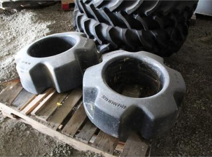 Other CASE IH REAR WHEEL WEIGHTS 63034