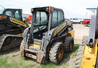 2014 NEW HOLLAND L218 61666