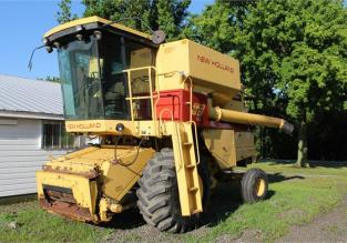 1985 NEW HOLLAND TR86 62946