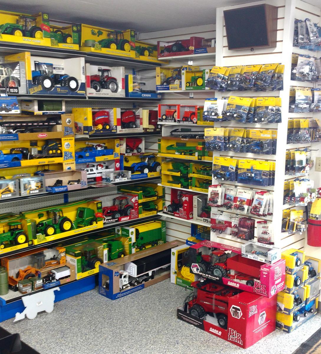 Ag West Supply >> Farm Toys   Apple Farm Service Inc.